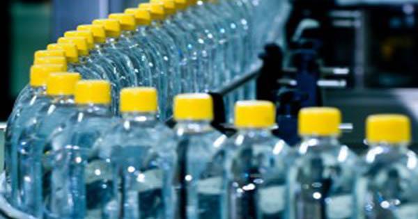 Ritirate Queste Bottiglie D Acqua Rischio Di Contaminazione Per L