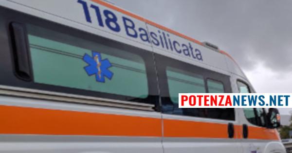 Ambulanza con pioggia